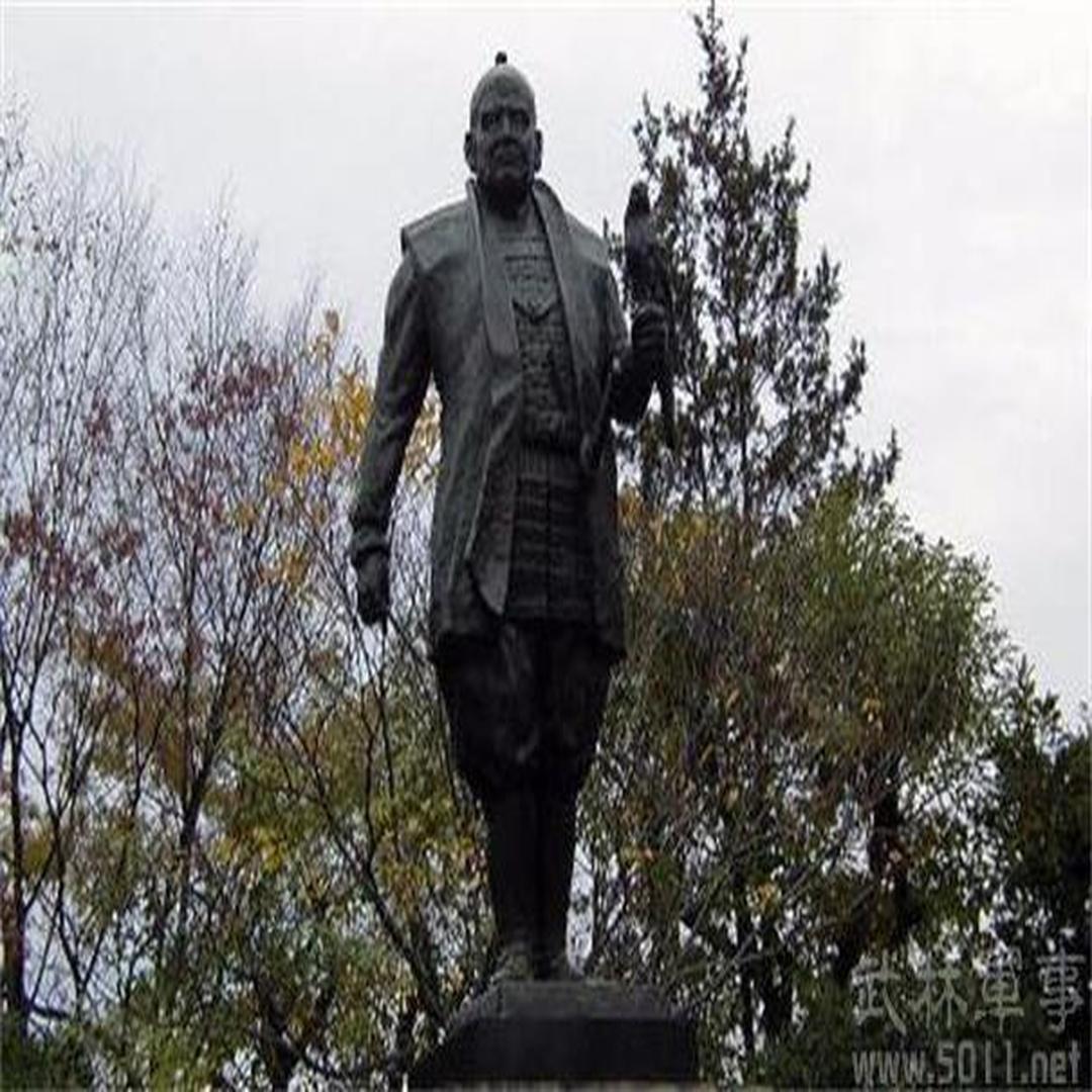 德川家康雕像